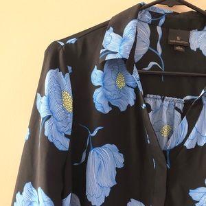 WORTHINGTON Black & Blue Dark Floral Blouse Sz L
